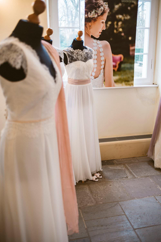 Brautkleid mit Spitze im Vintage-Stil
