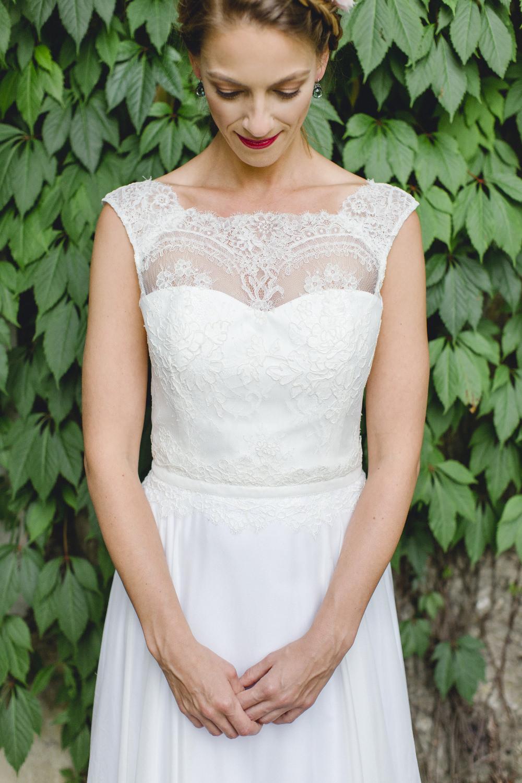 Brautkleid mit wunderschöner Vintage Spitze im Oberteil