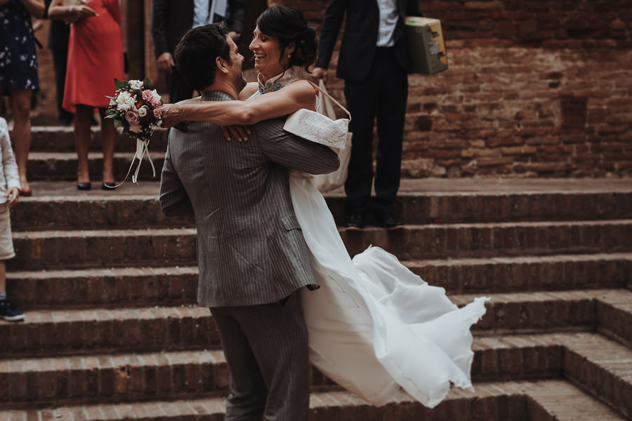Hochzeitskleid weit geschnitten