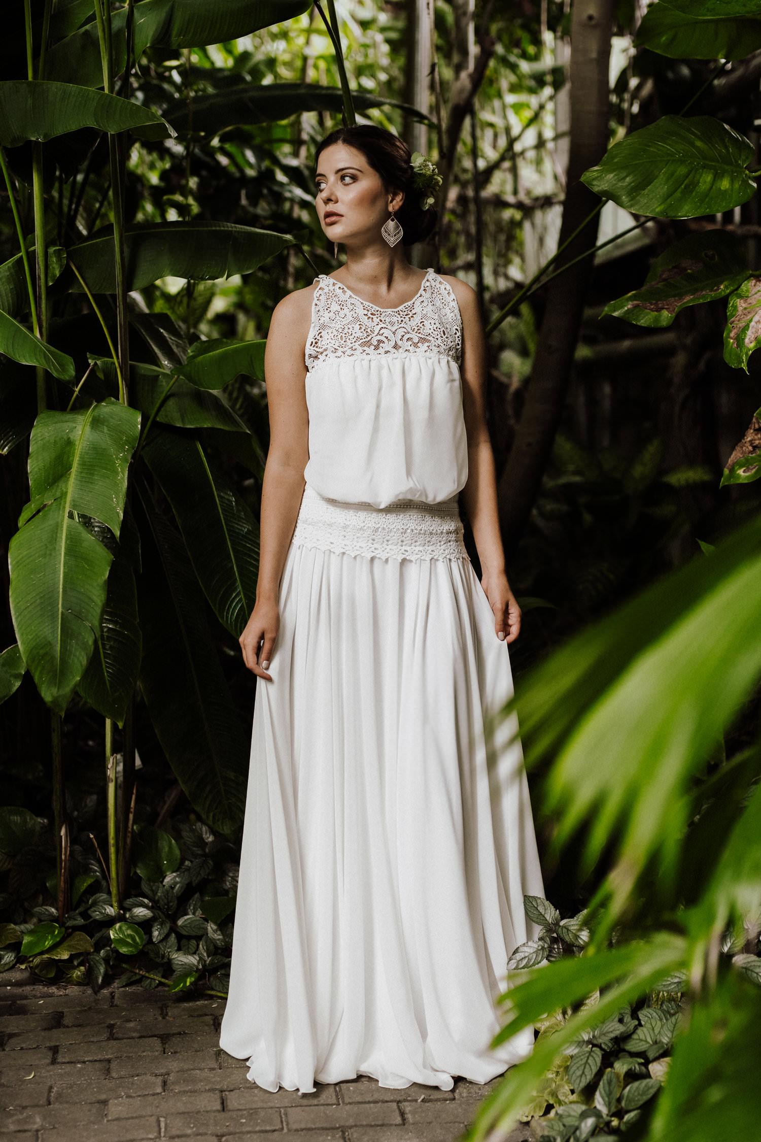 Moderne Brautmoden aus Köln - Hippie Brautkleid