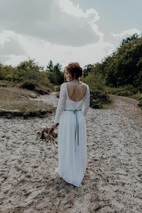 Hochzeitskleid rueckenfrei von Claudia Heller Modedesign