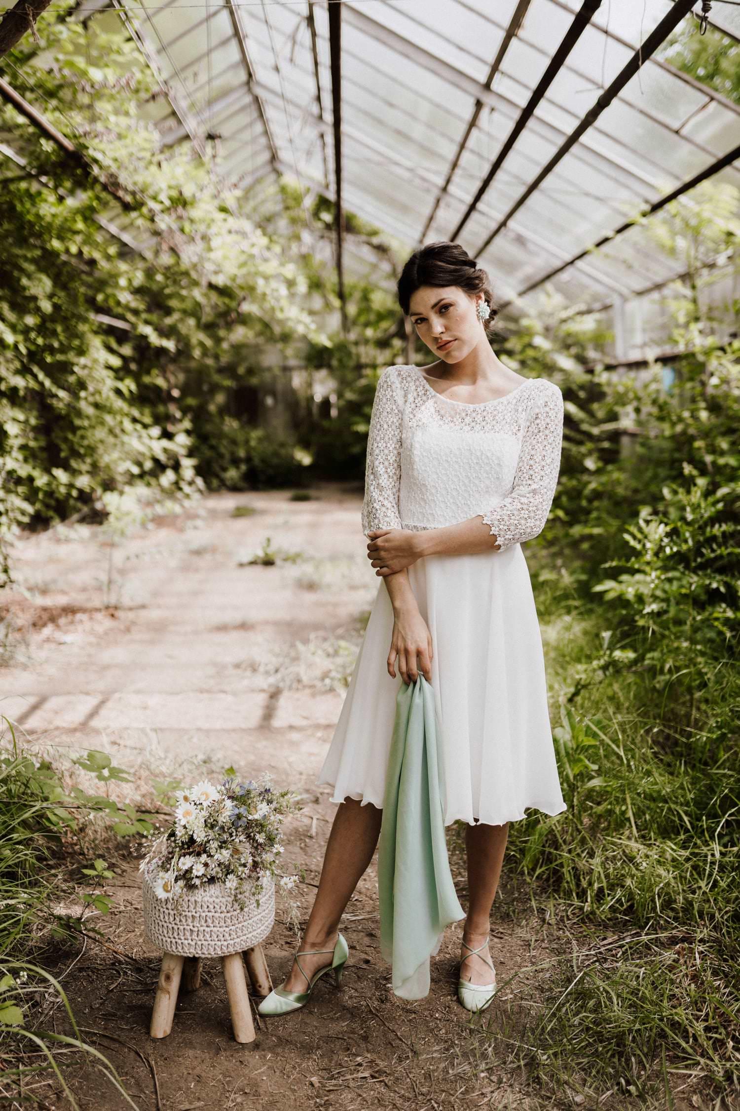 Brautkleid-kurz-Ärmel-Boho