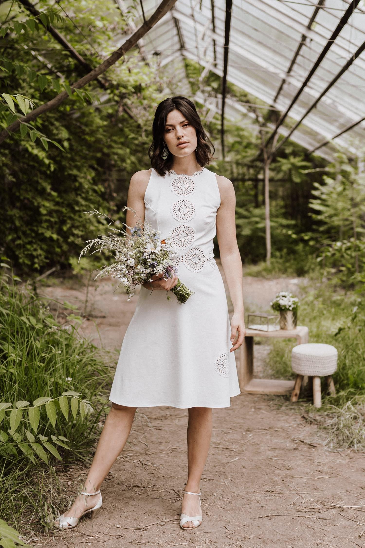 Brautkleid-weiß-kurz