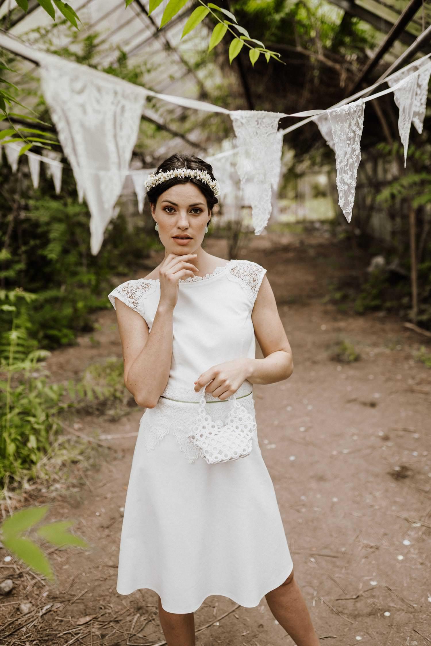 Kurzes-weißes-Brautkleid-Spitze