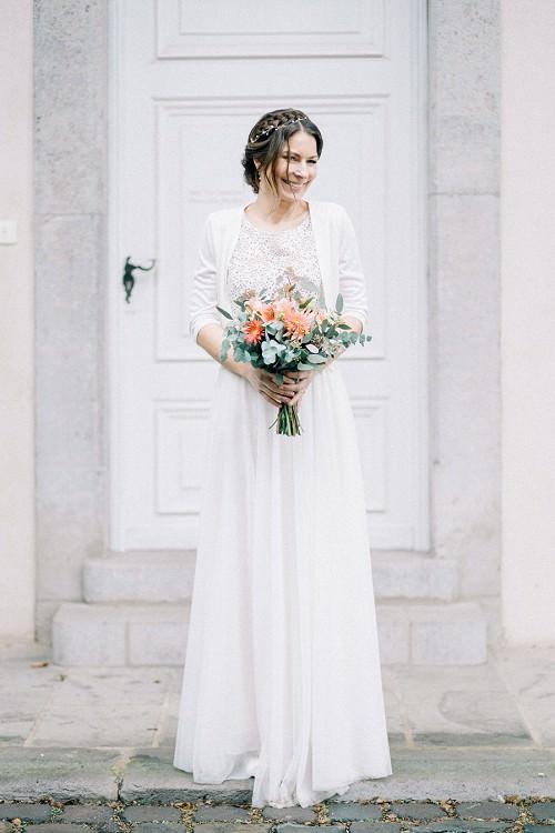 Winterhochzeit Brautkleid mit Bolero von Claudia Heller