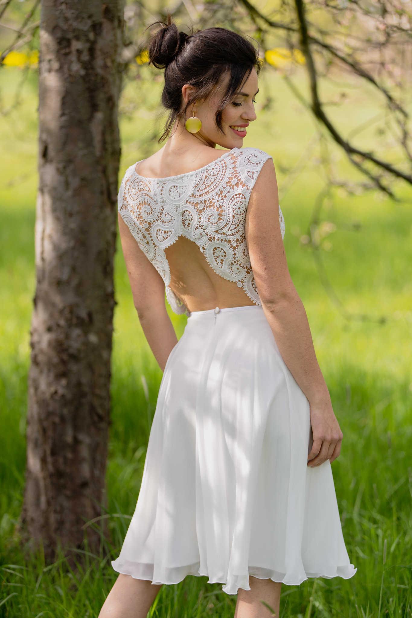 Brautkleid kurz aus Chiffon mit Spitzen-Top: Hortensia