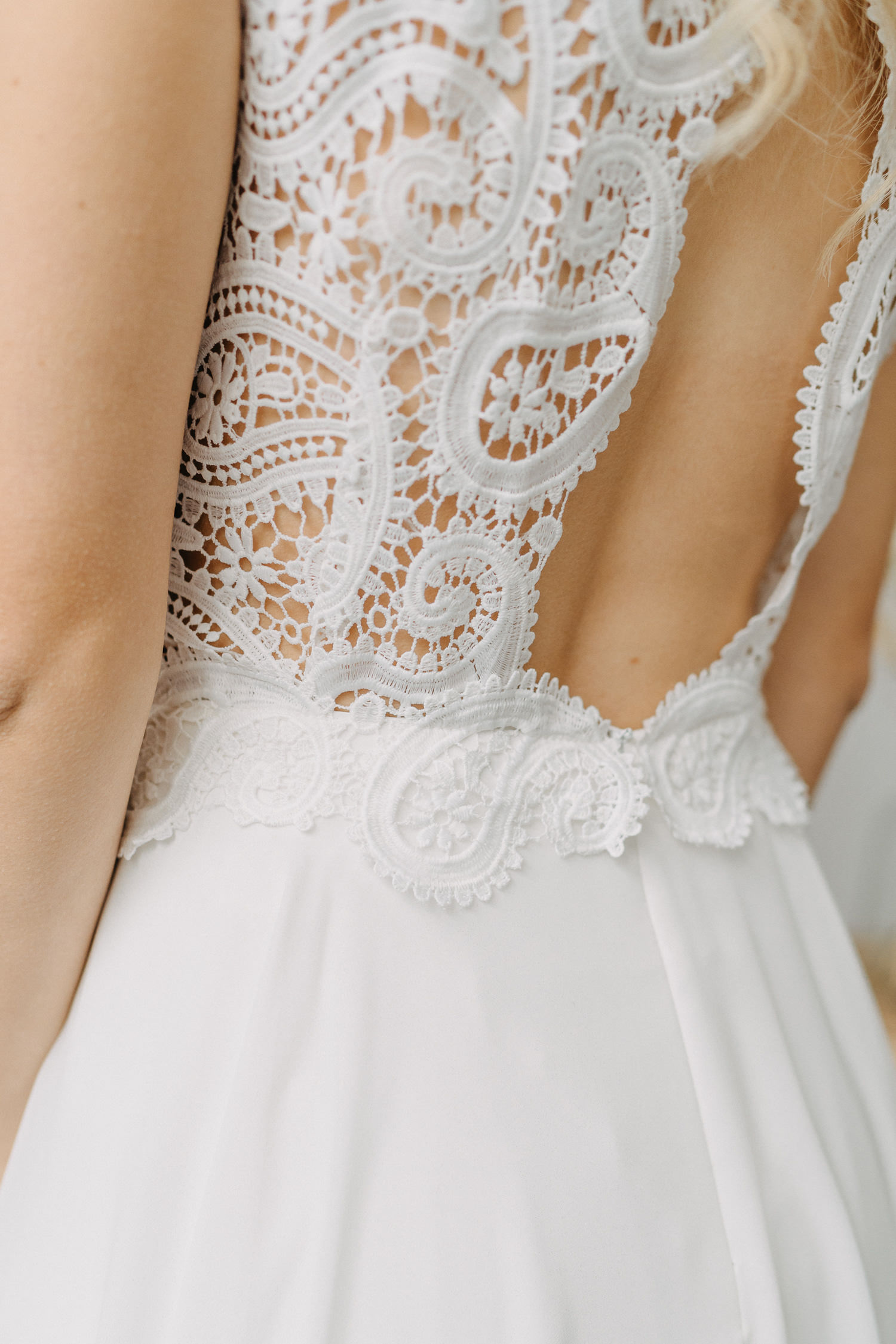 Brautkleid rückenausschnitt Bohospitze