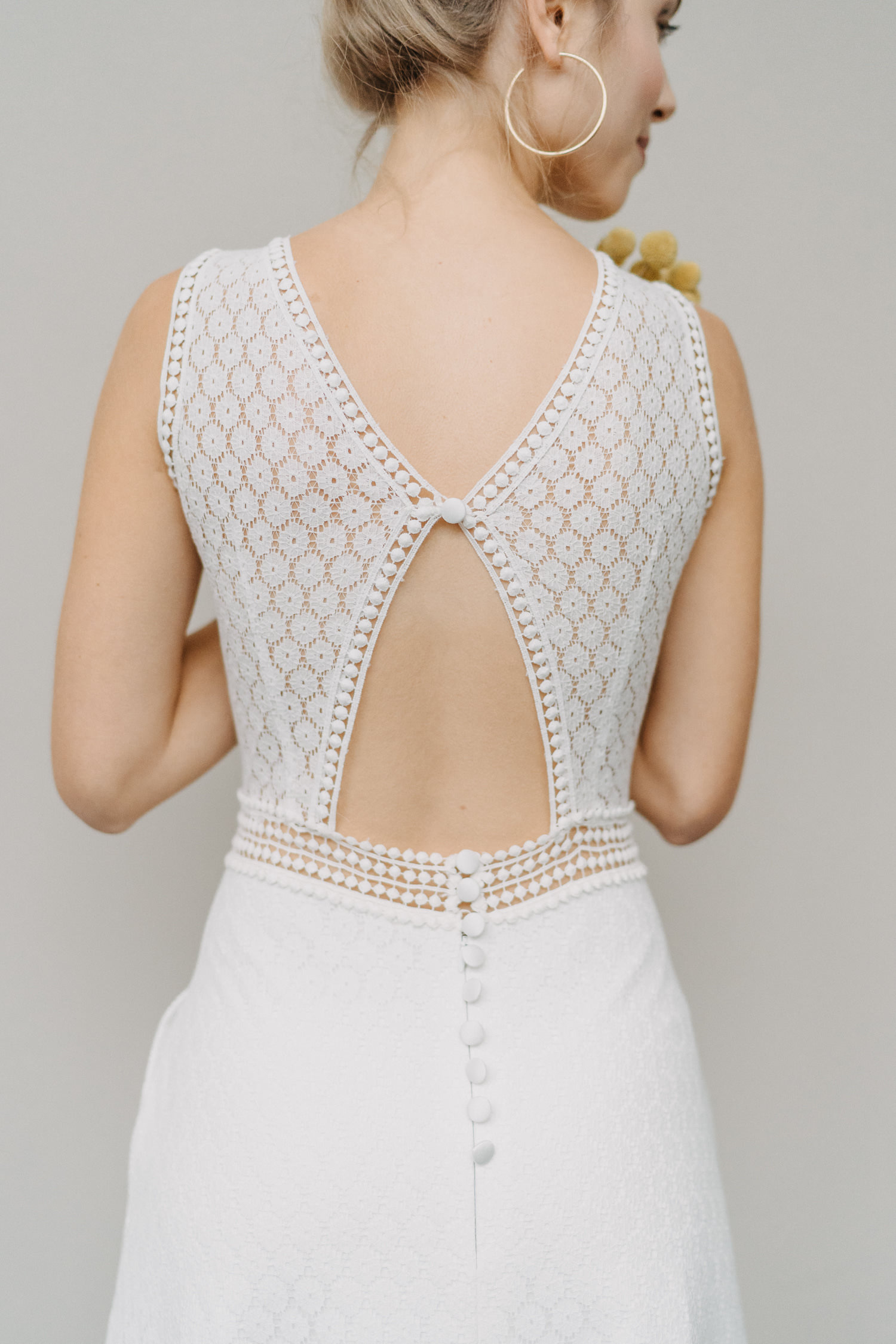Brautkleid Olivia mit tollem Rücken als Schmetterling