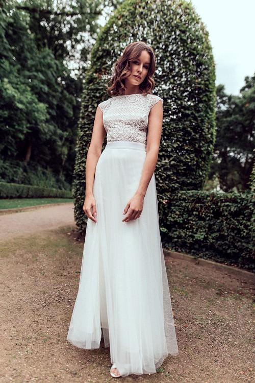 Leichtes Hochzeitskleid mit Spitzenoberteil und Tüllrock Meredia von Claudia Heller Brautmode Köln